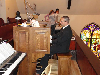 images/stories/HeaderImages/Frame1/Organist.jpg
